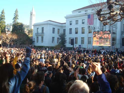 Thousands gathered to watch the outdoor broadcast of the inauguration of Barack Obama this morning on UC Berkeley's Sproul Plaza, one of many public gathering held around the area to celebrate the event