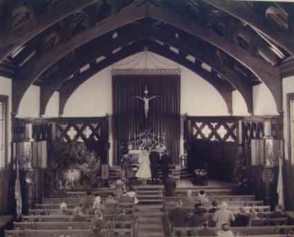 A 1959 wedding rite in the upstairs Thomas Aquinas Chapel at Newman.