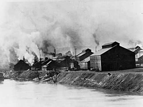The US Steel subsidiary's zinc mill in Donora, Pennsylvania in 1910.