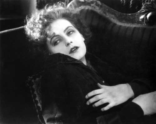 Greta Garbo in Joyless Street