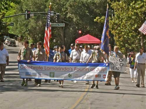 Hats off; hand on heart in Lamorinda July 4th