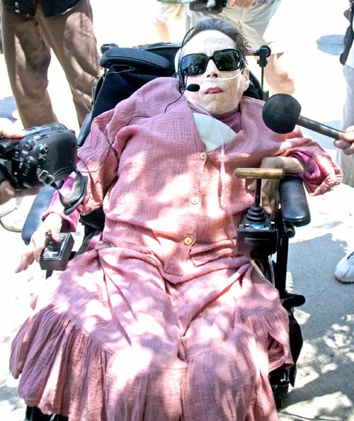 Dona Spring declared her support for the treesitters at UC Berkeley's Memorial stadium on June 22. She was applauded by supporters as she spoke from her wheelchair.