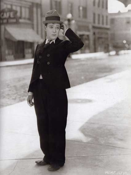 Harry Langdon.