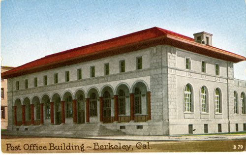 An early postcard shows Berkeley's Downtown Main Post Office, probably not long after its completion in 1914. (Courtesy, Berkeley Historical Society)