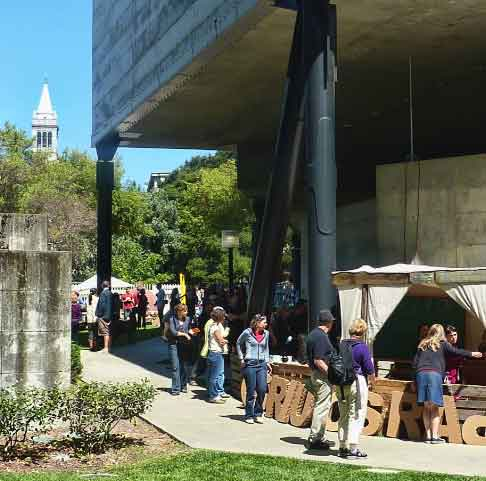 Event attendees circulated through the outdoor sculpture garden of the Berkeley Art Museum, Pacific Film Archive.