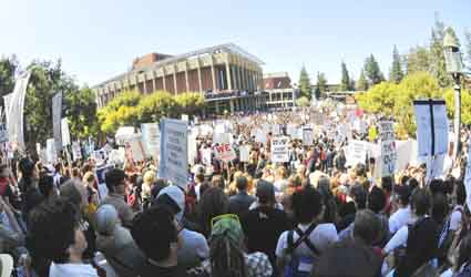 Five thousand protesters filled Sproul Plaza Thursday to demand reform of the state's education system.