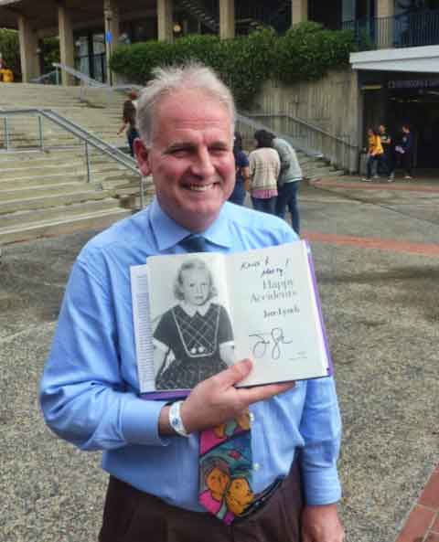 We ran into Berkeley City Councilmember Kriss Worthington who happily showed off his autographed copy of the autobiography of actress Jane Lynch. She spoke in Pauley Ballroom.
