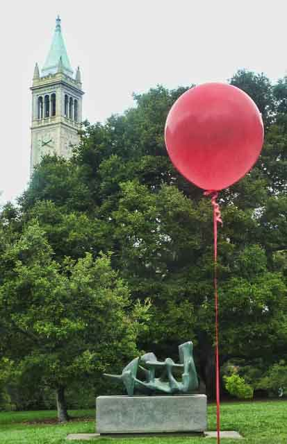 Balloons marked the best routes from venue to venue through the Berkeley campus.