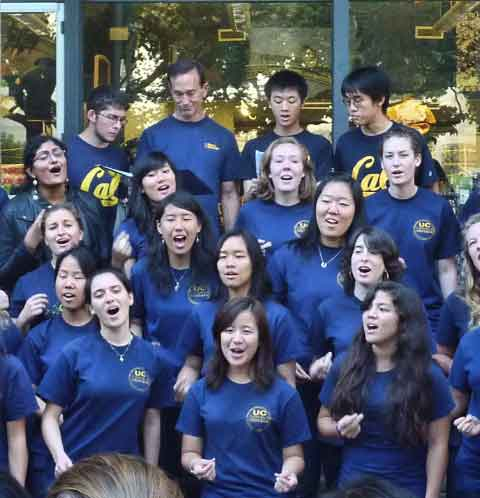 The Men's and Women's Chorale Ensembles joined forces for a Sproul Plaza performance.