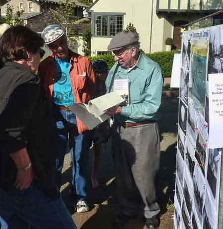 John Aronovici from the Berkeley Historical Society shared Northbrae history with neighbors.