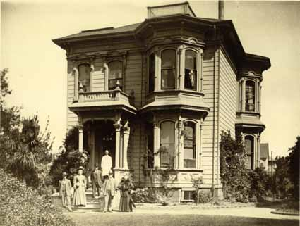The Barker family poses in front of its Italianate house at 2031 Dwight Way. It was built in 1877 and demolished a century later.