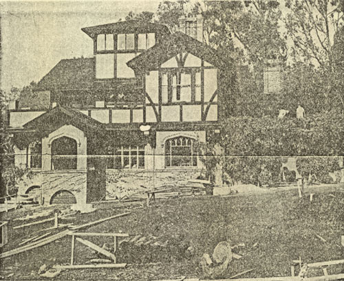 The Smyth House as it looked in 1945 (photo by the Berkeley Gazette).